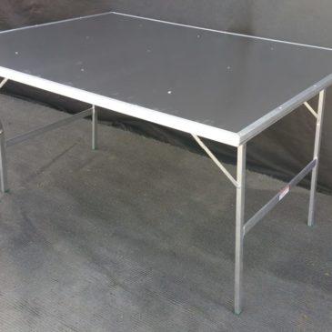 Mesa plegable con chapa de aluminio MOD-2
