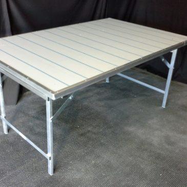 Mesa plegable plana con chapa de aluminio y reforzada MOD-18