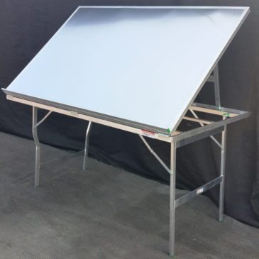 Mesa plegable de aluminio expositora normal MOD-17